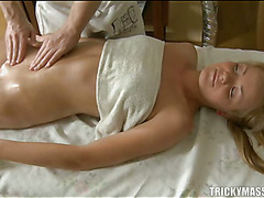 Demure lass acquires lusty plowing after fleshly oil rubbing